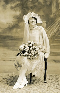 1920s wedding dress, 1920s bride