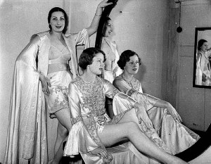 Girls in 1930s lingerie
