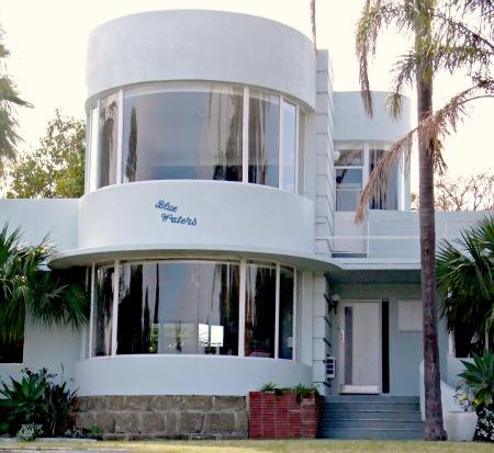 Art Deco Streamlined House in Perth, Australia