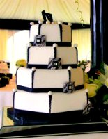 Black and white Art Deco Wedding Cake