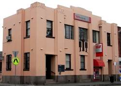 Art Deco Bank