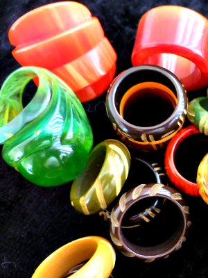 Selection of colourful Bakelite rings