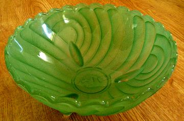 Harlequin Bowl, Green Depression Glass, Art Deco Glass