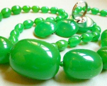 Green Bakelite Set