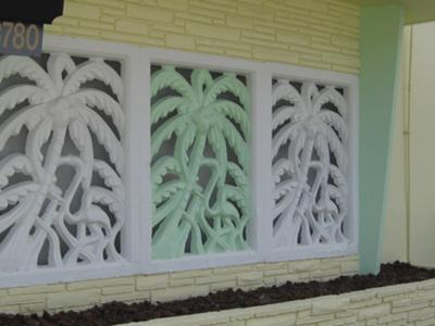 Art Deco detail shows familiar palm tree theme of the period.