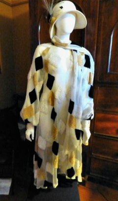 Cream and Black Geometric 1920s Coat and Cloche Hat