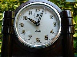 Jaz Black Bakelite clock
