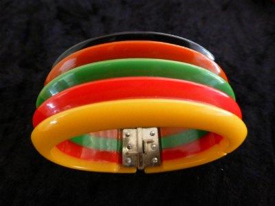 Multi-coloured Hinged Bakelite Bracelet (Philadelphia)