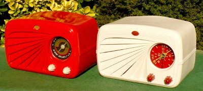 Red and Cream Deco Radios