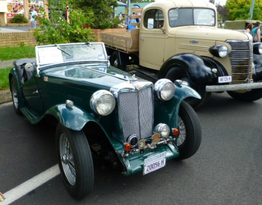 1920s open topped sports car
